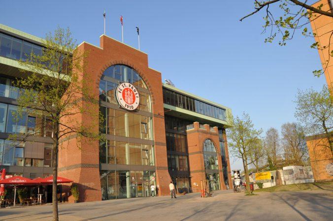 St. Pauli Dynamo Dresden Auseinandersetzungen